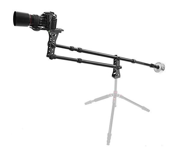 A tutti (videomaker, filmmaker …) piace avere tutti gli accessori possibili per fare bene leripreseche uno ha in mente, chiaramente mi rivolgo a tutti i videomaker che non possono permettersi il noleggio (e tantomeno l'acquisto) di strumentazione di un certo livello, ma che non vogliono rinunciare all'enfasi data da alcuni tipi di riprese. Più volte […]